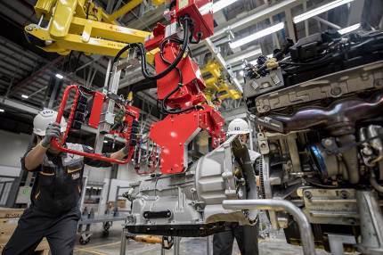 Bên trong nhà máy sản xuất 38 xe ô tô/giờ của VinFast - Ảnh 5.