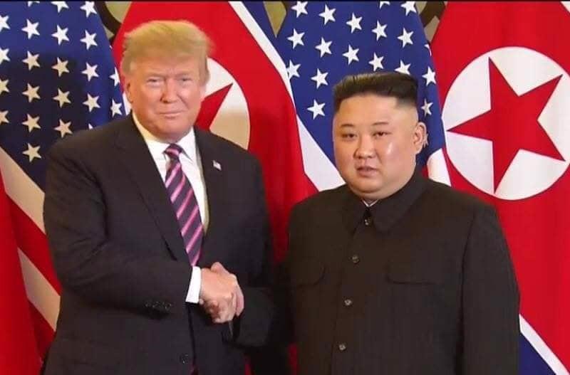 """Gặp ông Kim Jong Un, ông Trump hứa """"một tương lai tuyệt vời"""" cho Triều Tiên - Ảnh 3."""