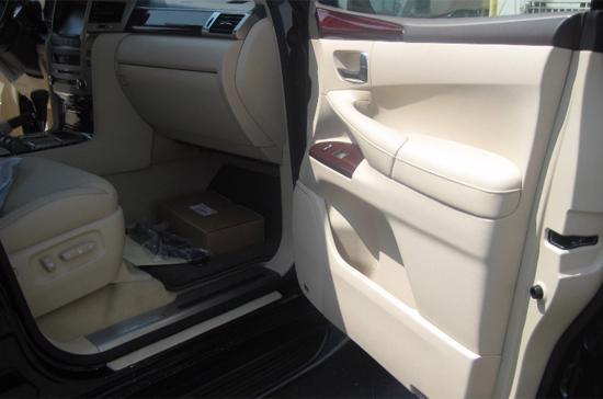Khám phá Lexus LX570 2013 đầu tiên tại Việt Nam - Ảnh 5
