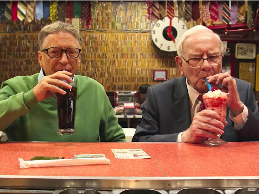 Tỷ phú Warren Buffett: 'Đầu tư là tìm cho mình câu chuyện phù hợp' - Ảnh 2.
