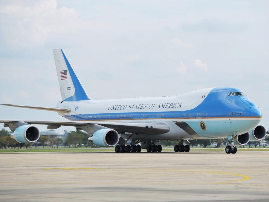 """Chuyên cơ Air Force One """"mới cứng"""" của Tổng thống Biden có gì đặc biệt? - Ảnh 1."""