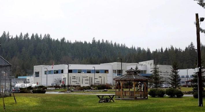 Cuộc sống của CFO Huawei tại Canada trước khi bị bắt - Ảnh 2.