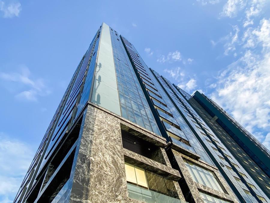 Chi 3 triệu USD lắp đèn LED, tòa tháp sắp bàn giao trở thành biểu tượng khu Nam Sài Gòn - Ảnh 5.