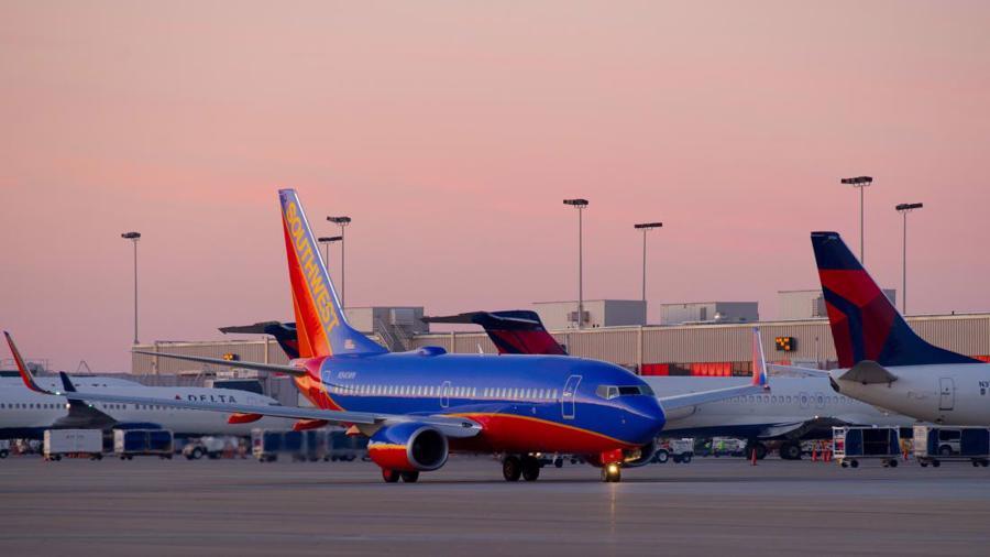 10 sân bay đặc biệt nhất thế giới - Ảnh 7.