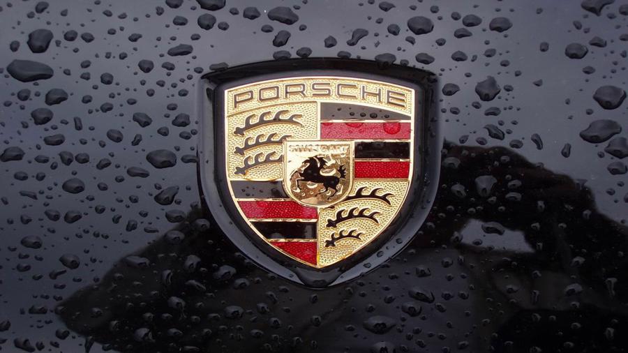 12 thương hiệu ôtô đắt giá nhất thế giới - Ảnh 8.