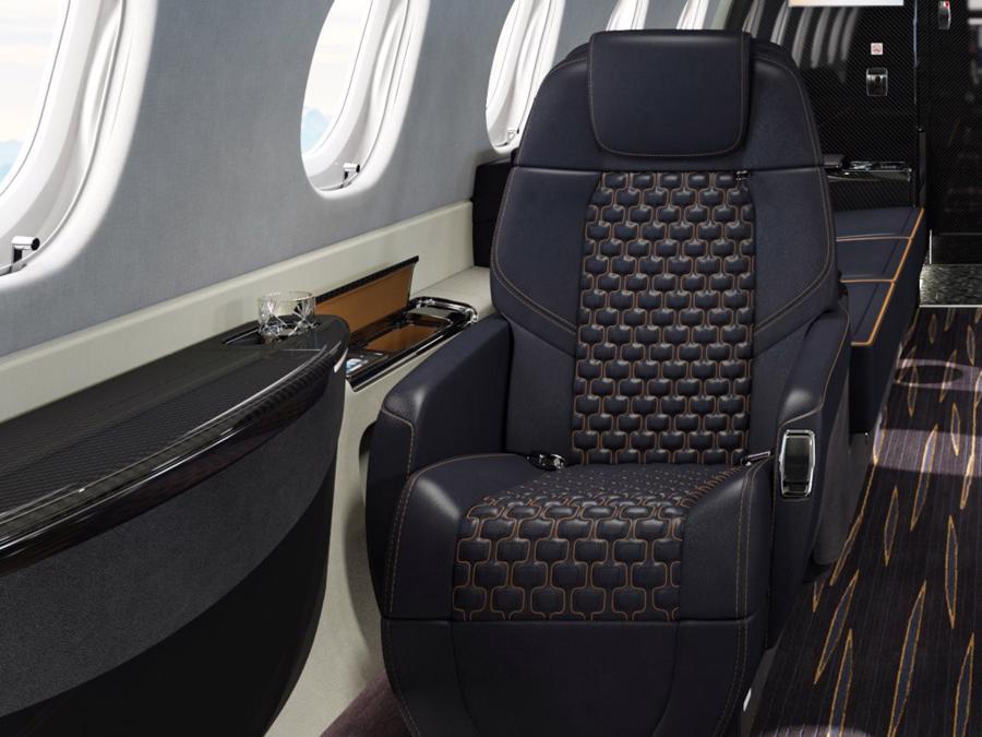Máy bay cá nhân với nội thất lấy cảm hứng từ bãi biển Brazil - Ảnh 7.