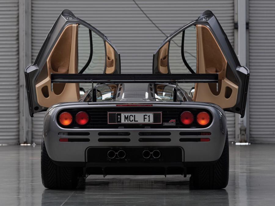 Xe hiếm McLaren F1 được bán với giá kỷ lục 19,8 triệu USD - Ảnh 7.