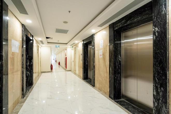 Chi 3 triệu USD lắp đèn LED, tòa tháp sắp bàn giao trở thành biểu tượng khu Nam Sài Gòn - Ảnh 7.
