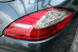 Porsche Panamera V6, sứ mệnh mới - Ảnh 5