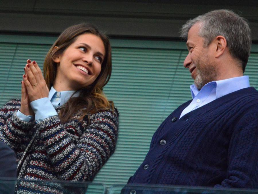 Sở hữu ít nhất 11 tỷ USD, tỷ phú Nga Abramovich tiêu tiền thế nào? - Ảnh 6.