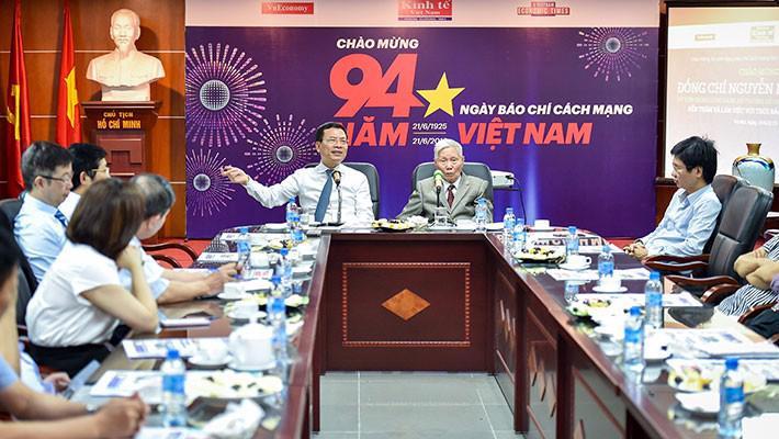Bộ trưởng Nguyễn Mạnh Hùng: Báo chí là cầu nối cho khát vọng Việt Nam hùng cường - Ảnh 3.