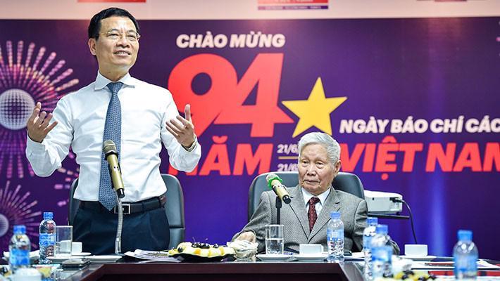 Bộ trưởng Nguyễn Mạnh Hùng: Báo chí là cầu nối cho khát vọng Việt Nam hùng cường - Ảnh 2.