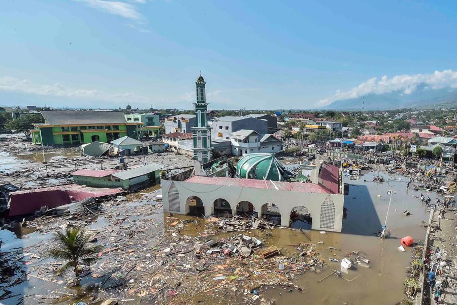 Động đất, sóng thần tại Indonesia: Hàng nghìn người có thể đã thiệt mạng - Ảnh 17.