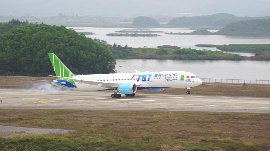 Bamboo Airways lãi trước thuế 400 tỷ đồng, mở thêm nhiều đường bay mới - Ảnh 1.