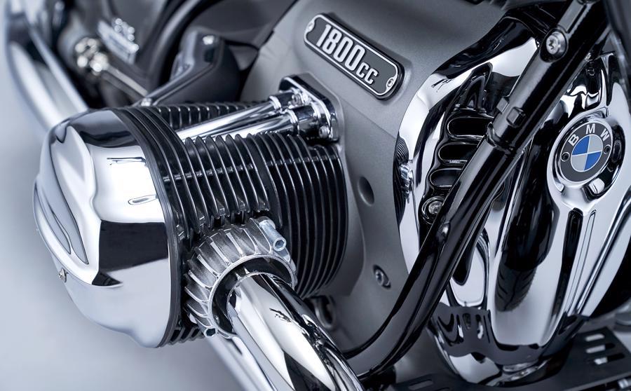 Xe trang bị động cơ Big Boxer dung tích 1.802 cc.