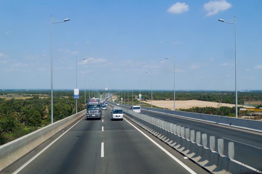 """Thủ tướng: """"Nhà nước đầu tư đường cao tốc không nhằm mục đích thu lợi nhuận"""" - Ảnh 1."""