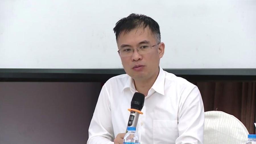 Kinh tế Việt Nam trong trung hạn vẫn phải giải quyết nhiều khó khăn nội tại - Ảnh 2.