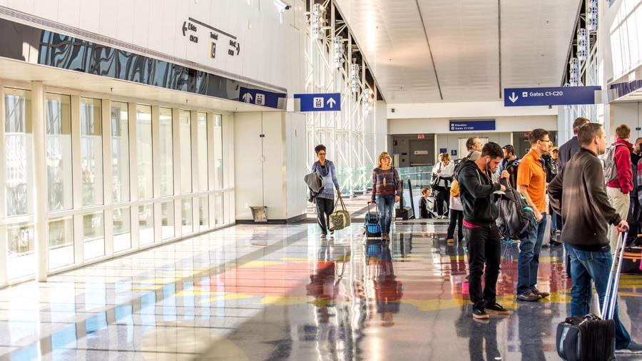 20 sân bay bận rộn nhất thế giới - Ảnh 12.