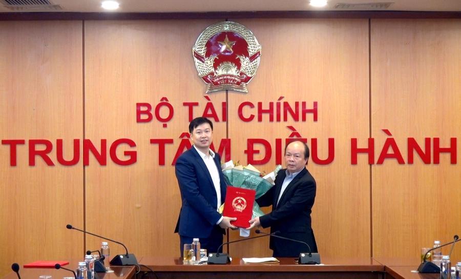 Sở giao dịch chứng khoán Việt Nam chính thức có lãnh đạo - Ảnh 1.