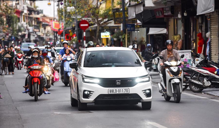 Mẫu xe Honda City thế hệ mới 2021 đang ngày càng được ưa chuộng trên thị trường.