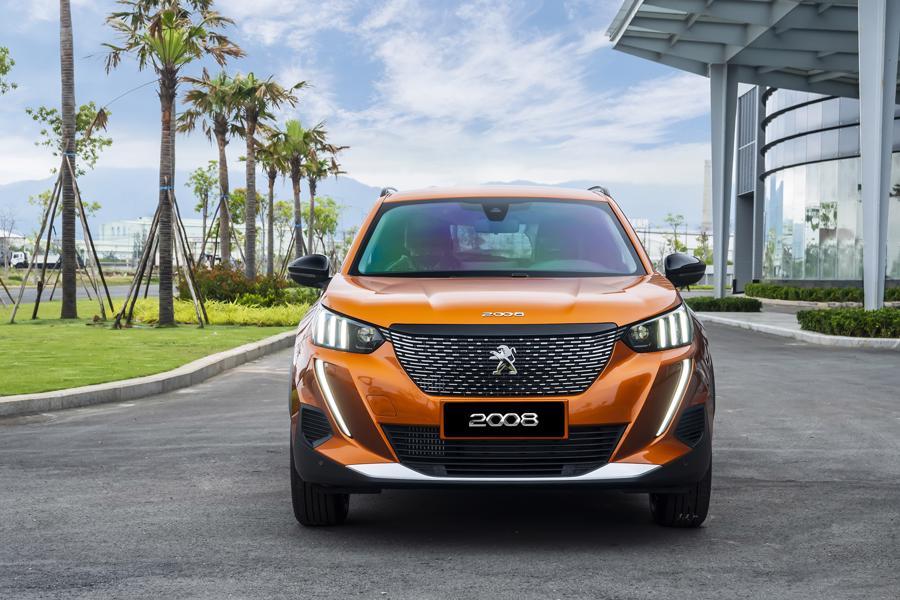 Peugeot 2008 giá 739 triệu đồng, cạnh tranh cùng Toyota Corolla Cross - Ảnh 3.