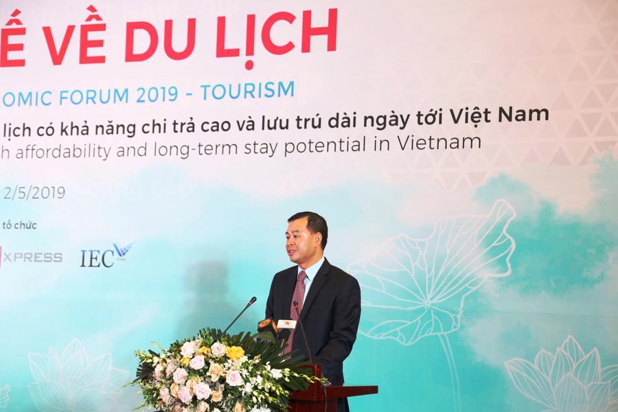 Gỡ nút thắt cho du lịch Việt: Kiến nghị bỏ visa càng nhiều nước càng tốt - Ảnh 1.