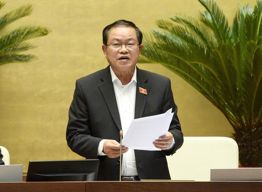 Đại biểu Quốc hội tranh luận quyết liệt về việc tách 2 luật giao thông đường bộ - Ảnh 3.