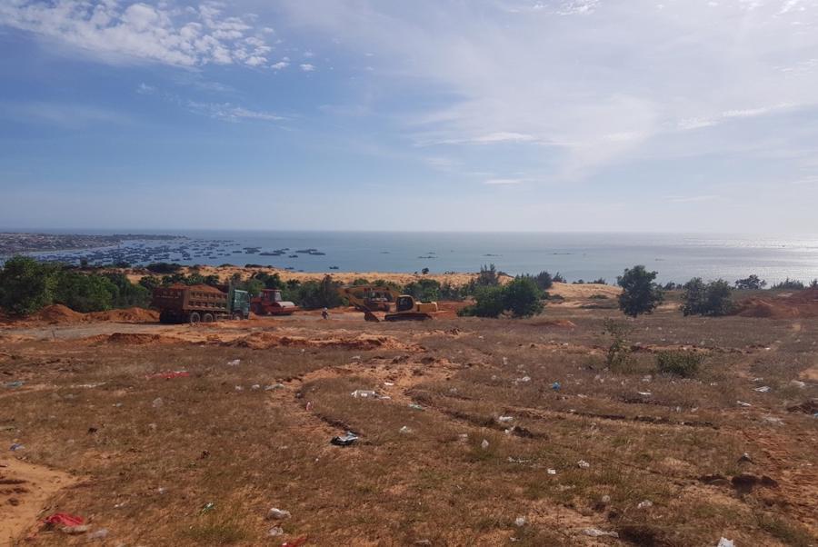 Cận cảnh công trường thi công dự án biệt thự biển giá 4 tỷ tại Phan Thiết - Ảnh 2.