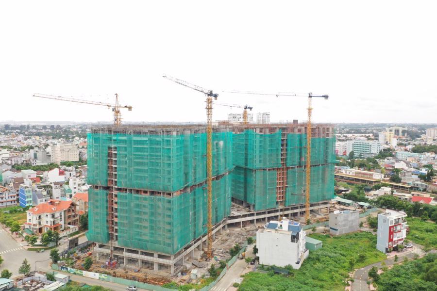 Chính thức cất nóc dự án căn hộ hạng sang đầu tiên tại Biên Hòa - Ảnh 2.