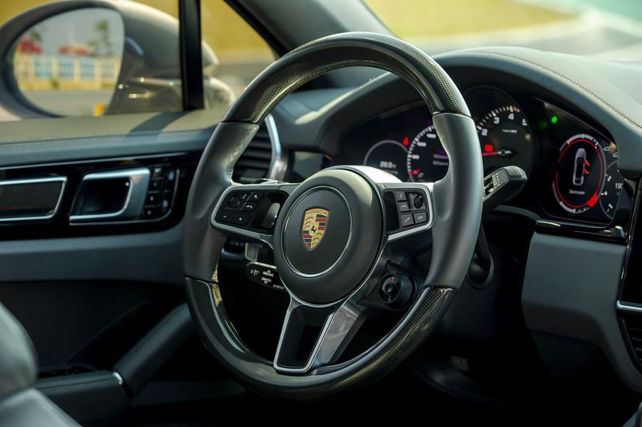 Porsche Cayenne Coupe – SUV thể thao cho người giàu trẻ tuổi - Ảnh 6