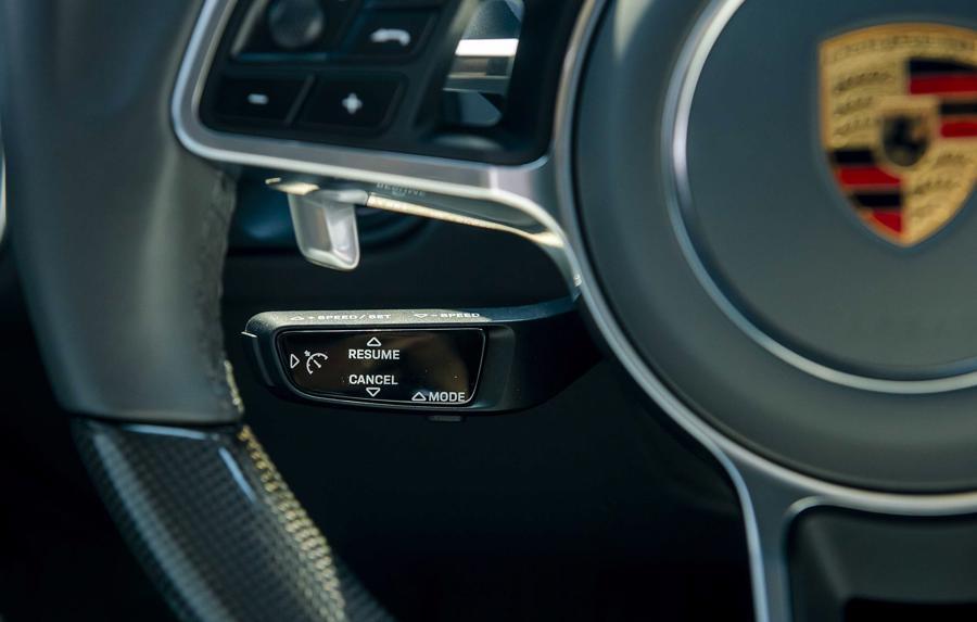 Porsche Cayenne Coupe – SUV thể thao cho người giàu trẻ tuổi - Ảnh 7