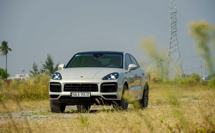 Ngoại hình vững chãi và bắt mắt của Porsche Cayenne Coupe.
