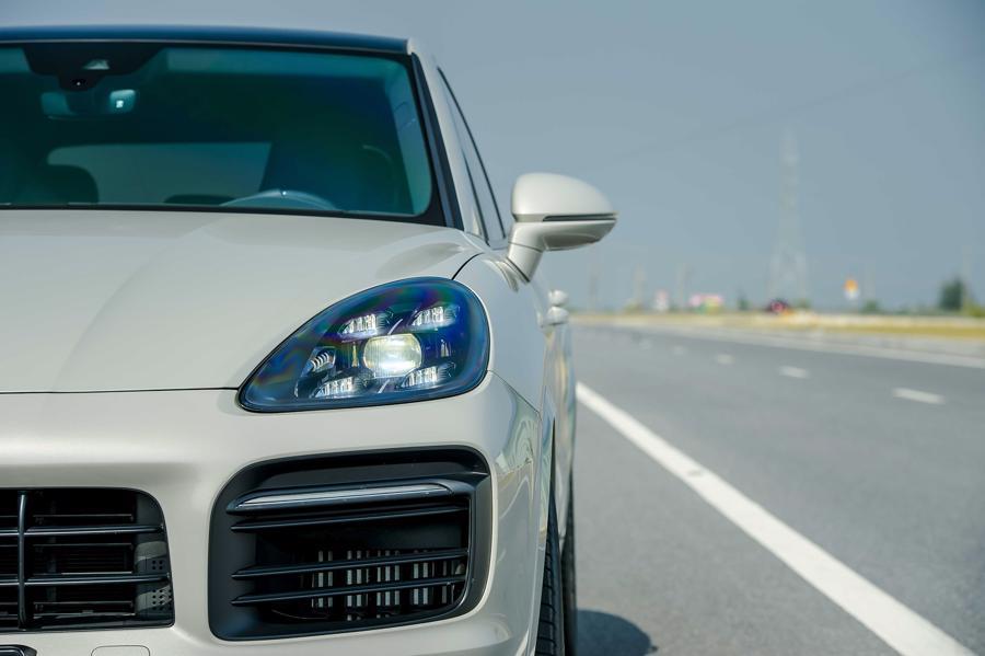 Porsche Cayenne Coupe – SUV thể thao cho người giàu trẻ tuổi - Ảnh 1