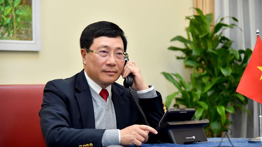 Mỹ đánh giá cao sự hợp tác của Việt Nam trong vụ điều tra nguyên liệu gỗ - Ảnh 1.