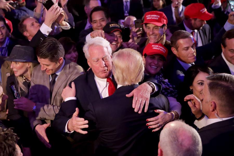 Những khoảnh khắc đáng chú ý trong cuộc đời và sự nghiệp của ông Trump - Ảnh 24.