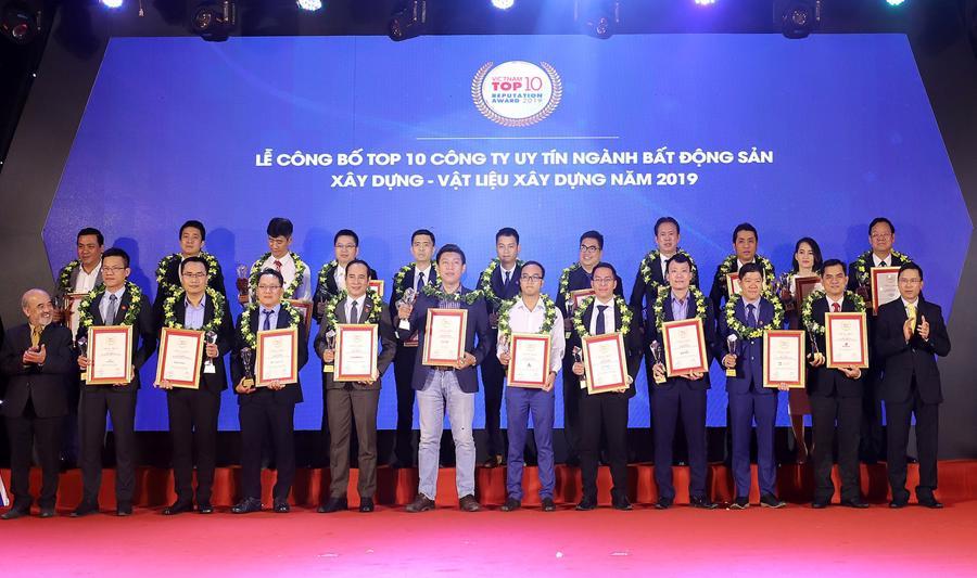 Nam Long được vinh danh nhiều giải thưởng - Ảnh 1.