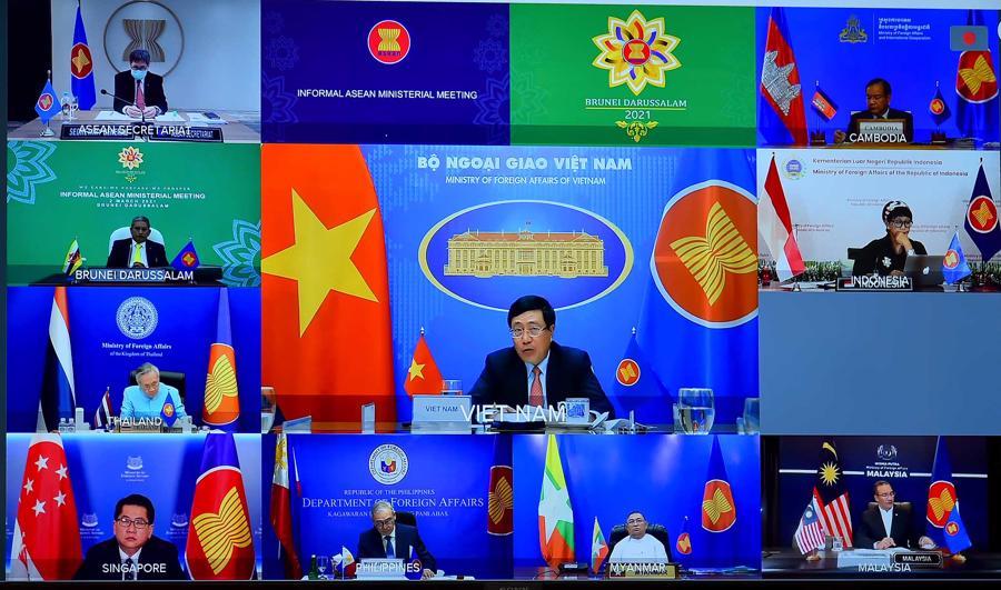 Phó Thủ tướng Phạm Bình Minh: Bạo lực ở Myanmar ảnh hưởng tới hòa bình cả khu vực - Ảnh 1.