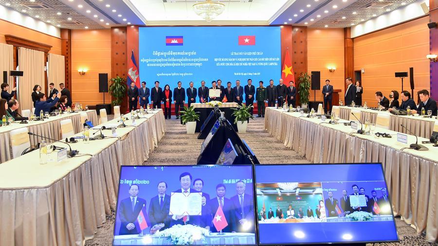Hai văn kiện về cắm mốc biên giới Việt Nam - Campuchia chính thức có hiệu lực - Ảnh 1.