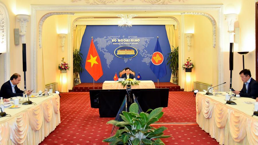 Hội nghị hẹp Bộ trưởng Ngoại giao ASEAN: Việt Nam đưa ra loạt sáng kiến và đề xuất - Ảnh 2.