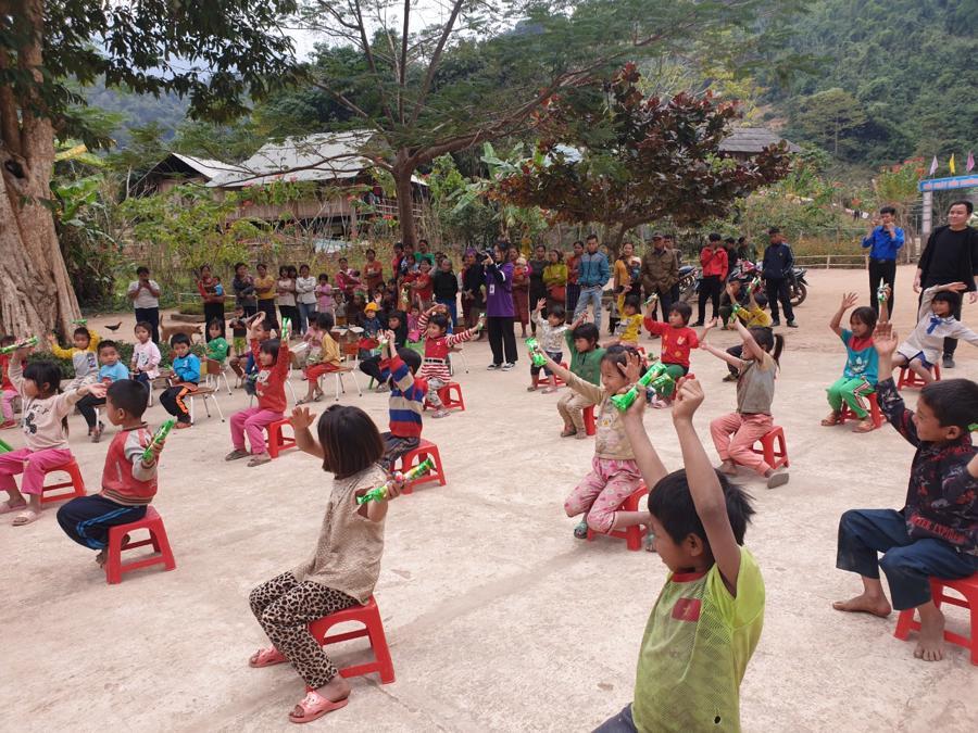 Nghệ An: Tập đoàn Tân Long trao tặng quà Tết cho người nghèo - Ảnh 7.
