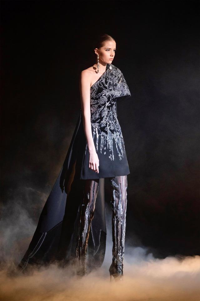 BST Haute Couture Xuân Hè của Elie Saab: nhà hát của giấc mơ - Ảnh 5.