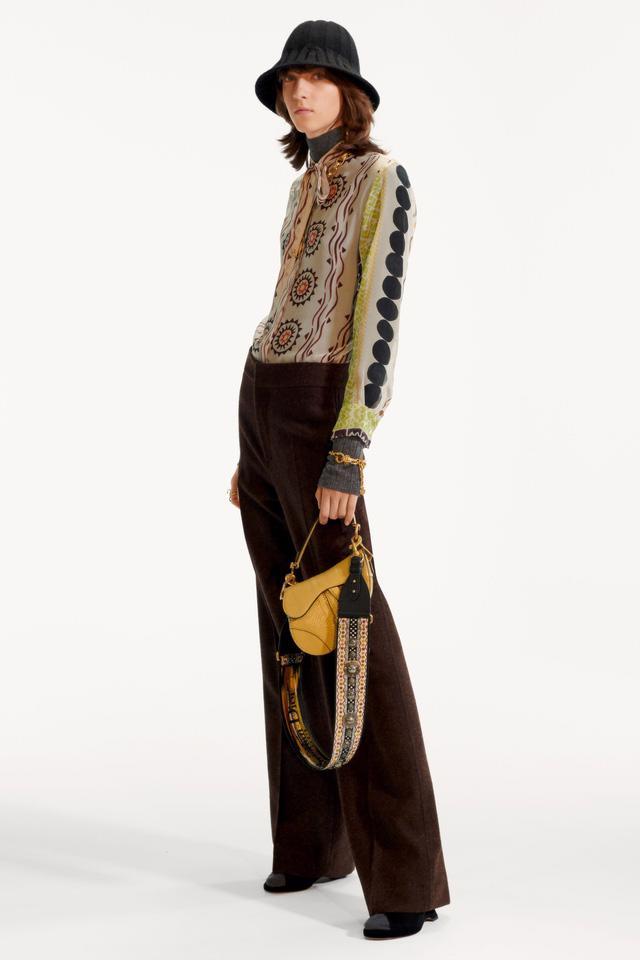 BST pre-fall 2019 của Christian Dior: những quý cô kiêu kỳ - Ảnh 4.