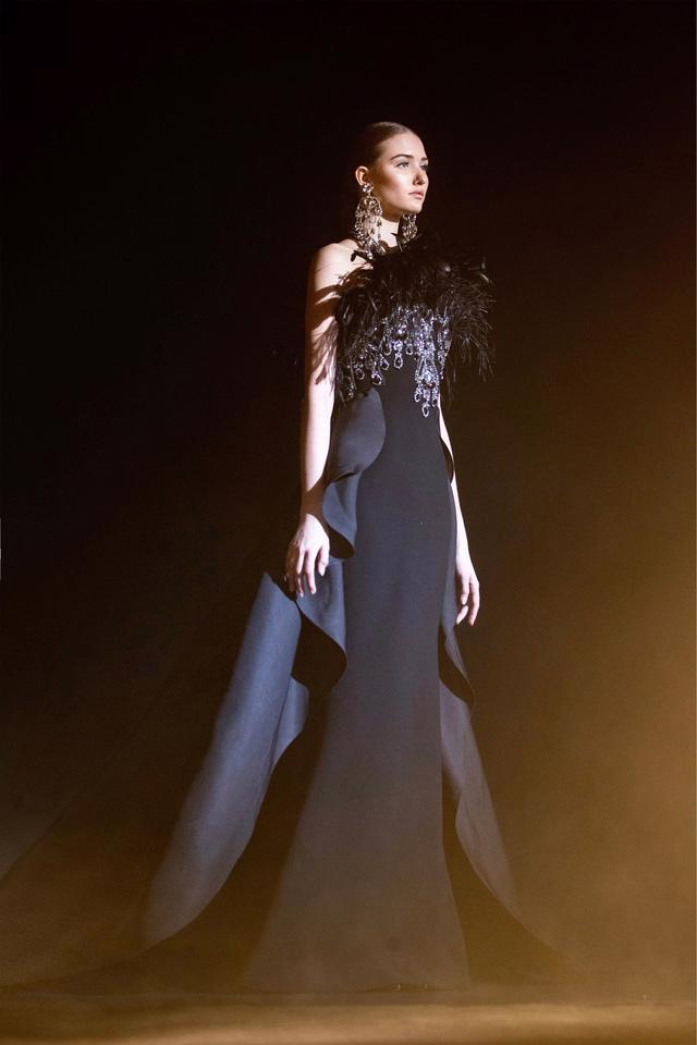 BST Haute Couture Xuân Hè của Elie Saab: nhà hát của giấc mơ - Ảnh 10.
