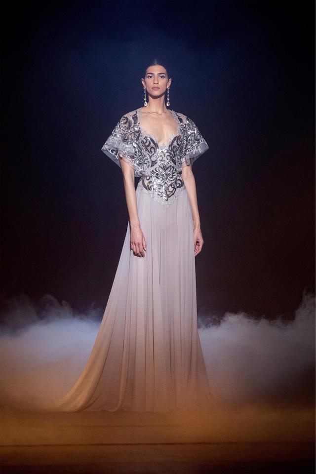 BST Haute Couture Xuân Hè của Elie Saab: nhà hát của giấc mơ - Ảnh 6.