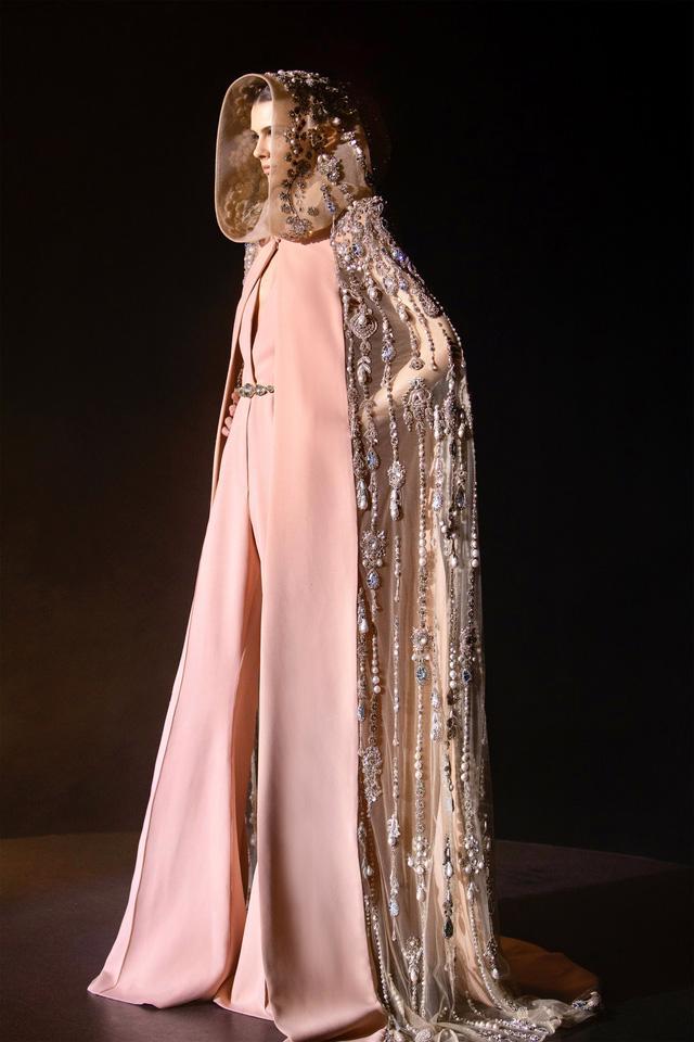 BST Haute Couture Xuân Hè của Elie Saab: nhà hát của giấc mơ - Ảnh 15.