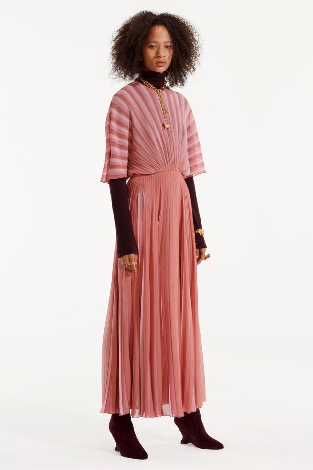 BST pre-fall 2019 của Christian Dior: những quý cô kiêu kỳ - Ảnh 13.