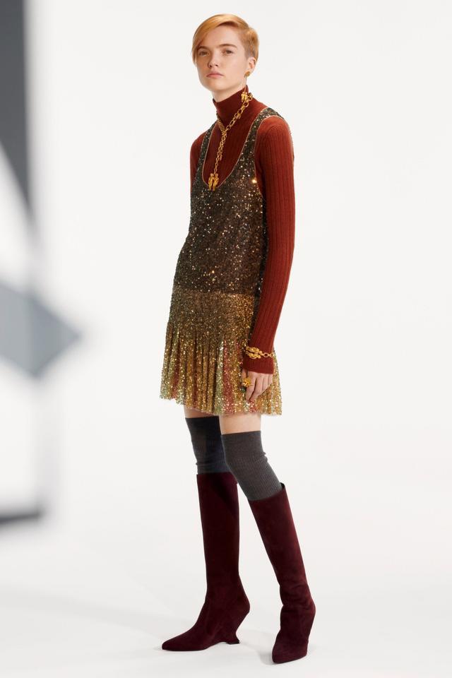 BST pre-fall 2019 của Christian Dior: những quý cô kiêu kỳ - Ảnh 15.