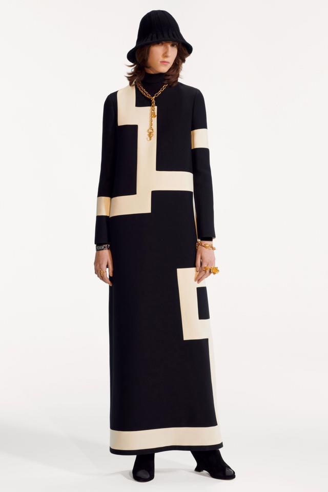 BST pre-fall 2019 của Christian Dior: những quý cô kiêu kỳ - Ảnh 17.