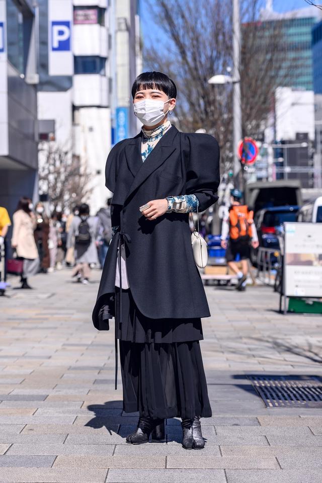 Thời trang đường phố của Tokyo Fashion Week 2021: tinh thần unisex đương đại - Ảnh 10.