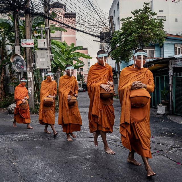 Thái Lan có thể sẽ miễn cách ly cho du khách đã tiêm vaccine Covid-19 - Ảnh 2.